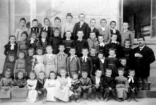 1903 H. Chevaldonné 45 élèves